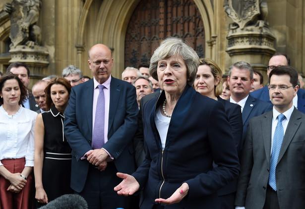 Nowa szefowa torysów zostanie oficjalnie zatwierdzona na stanowisku premiera w środę wieczorem