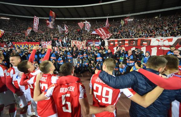 Fudbaleri Zvezde slave pobedu protiv Liverpula