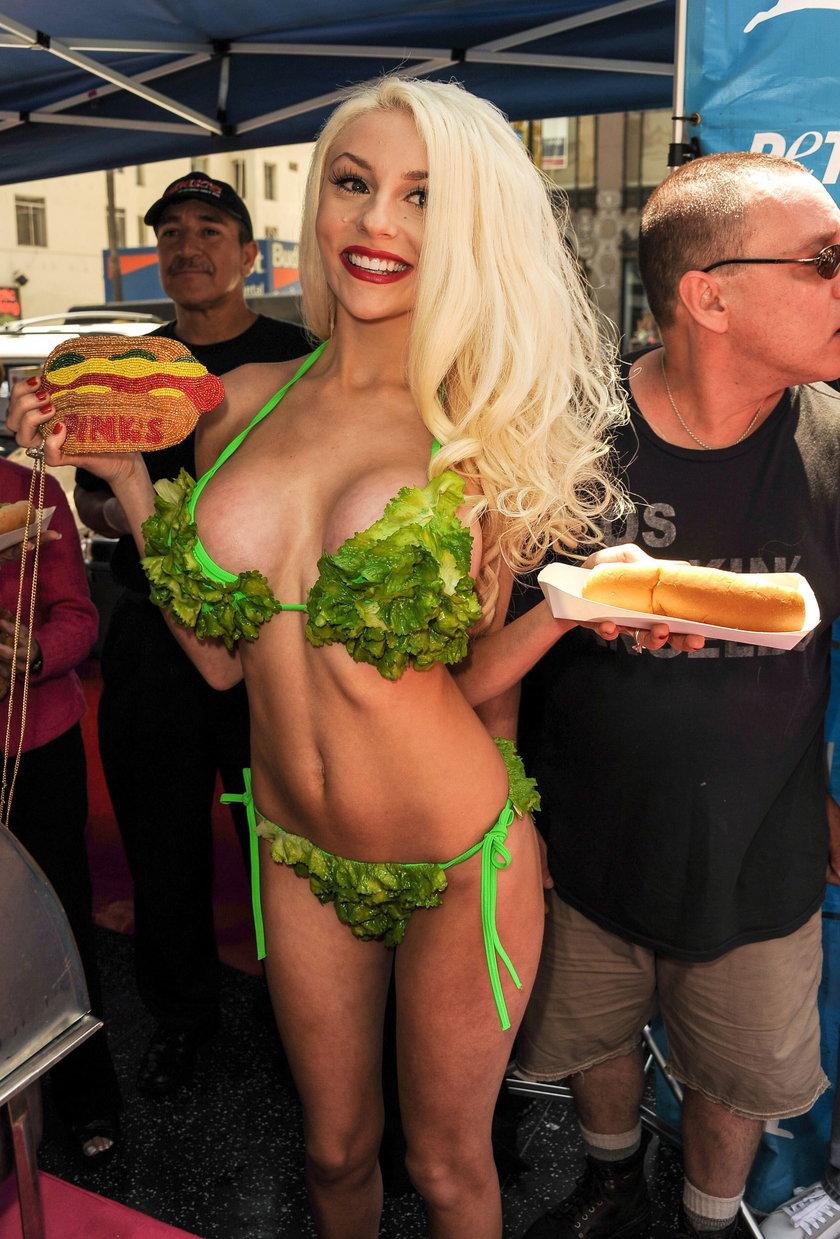 Courtney Stodden na promocji wegetariańskich hot-dogów