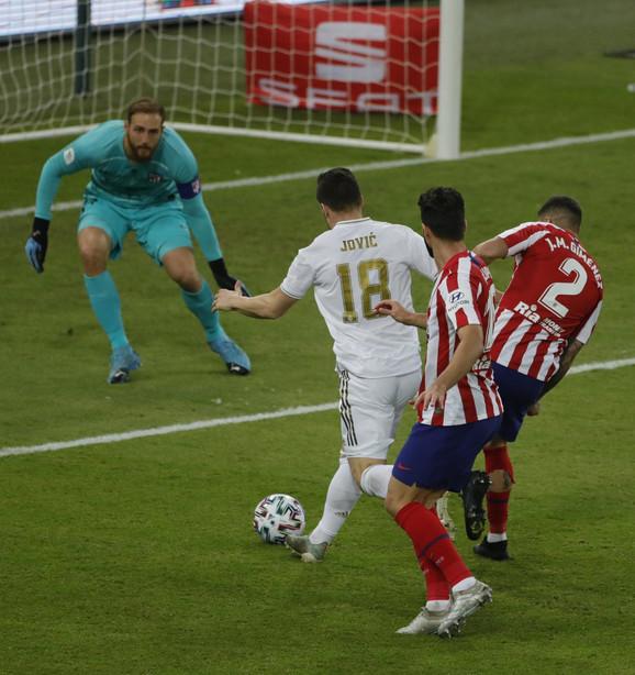 Luka Jović na meču Superkupa Španije između madridskih rivala, Reala i Atletika
