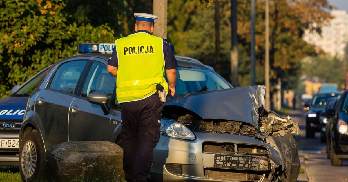 Koszty wypadków drogowych w Polsce. Resort podał DANE