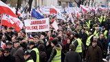 Marsz KOD i protest narodowców w Warszawie!