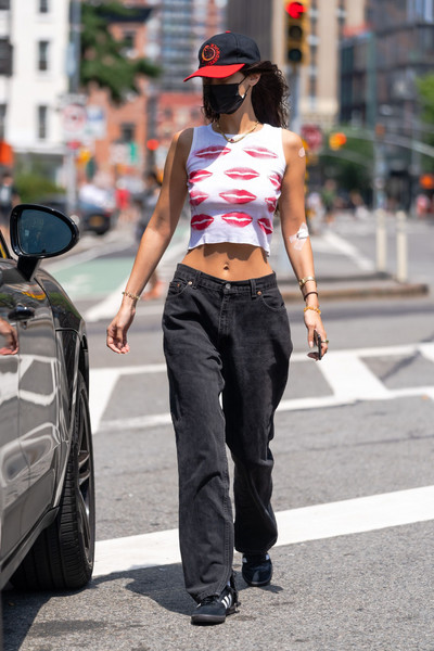 Bella Hadid in hipsters on the streets of New York.  August 7 / Gotham GC Images