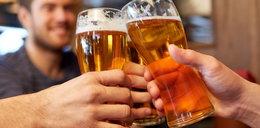 Są takie miejsca w Polsce, gdzie mimo obostrzeń można legalnie wyskoczyć na piwo. Nie zgadniecie gdzie!