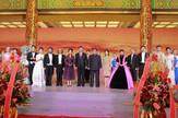Kim Džong Un i Si Đinping sa suprugama
