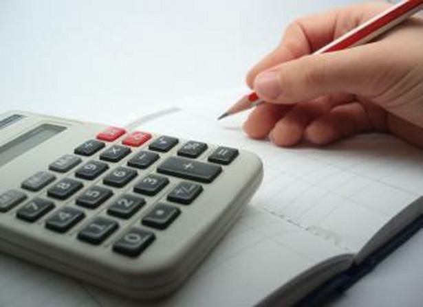 Tylko do 30 czerwca 2010 r. można dostać certyfikat na usługowe prowadzenie ksiąg rachunkowych bez zdawania egzaminu.