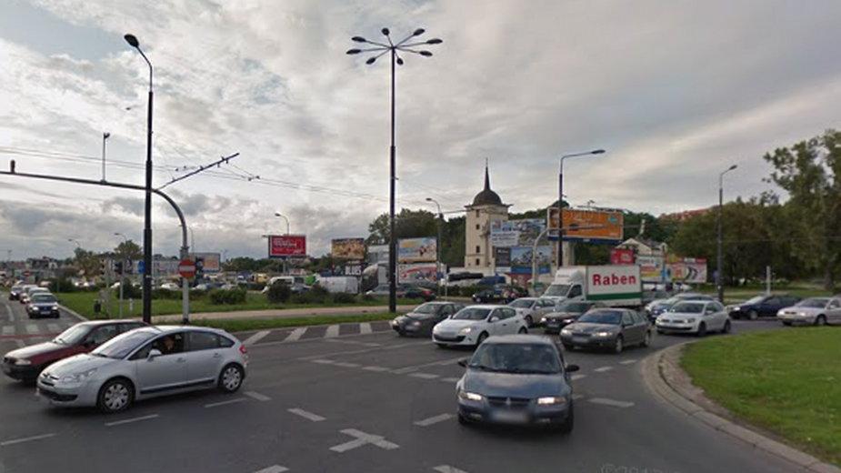 Rondo Dmowskiego, łączące al. Tysiąclecia oraz al. Unii Lubelskiej