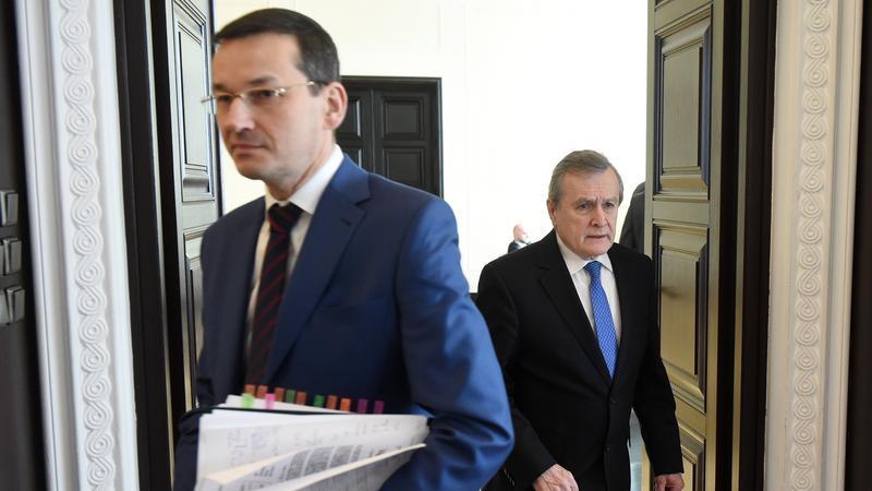 Wicepremier Piotr Gliński oraz wicepremier Mateusz Morawiecki