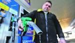BENZINCI PO GRADU, DIZELAŠI ZA PUT Cena goriva raste, a time i dilema kupaca automobila