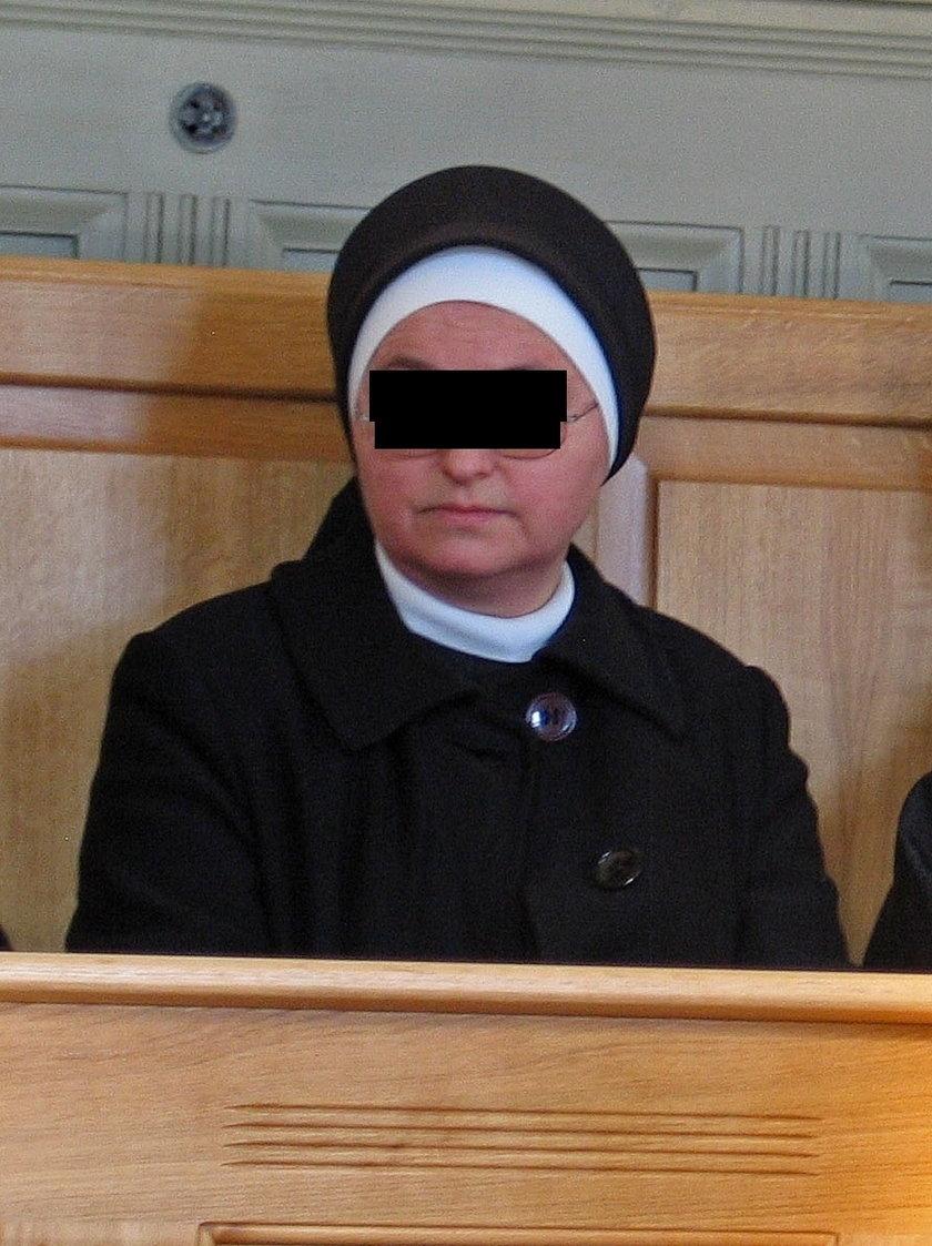Kulesza i Buzek walczą o rolę zakonnicy