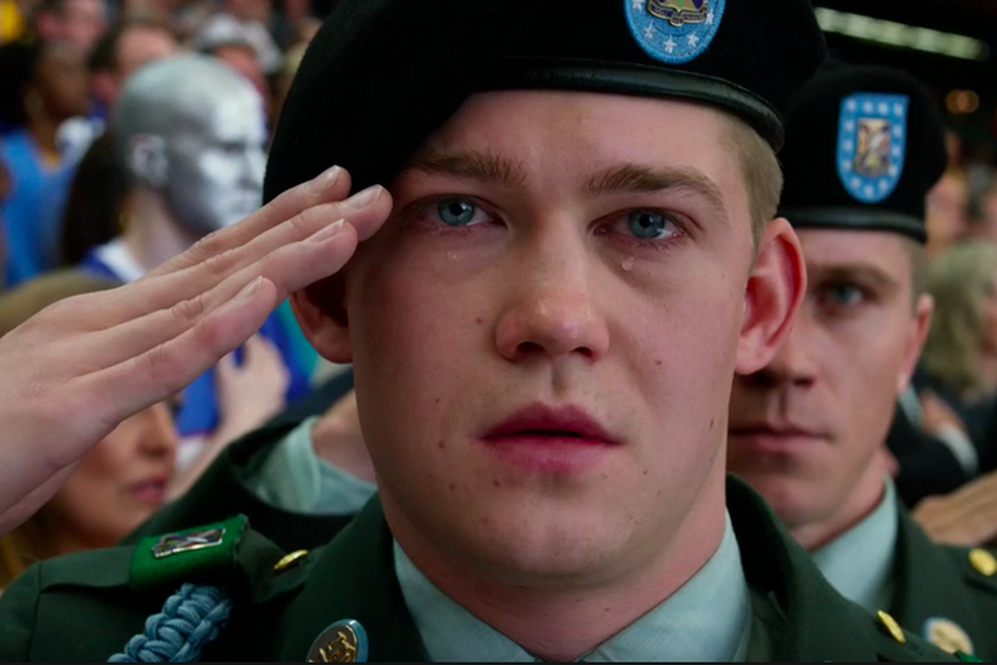 """Billy Lynn's Long Halftime Walk"","