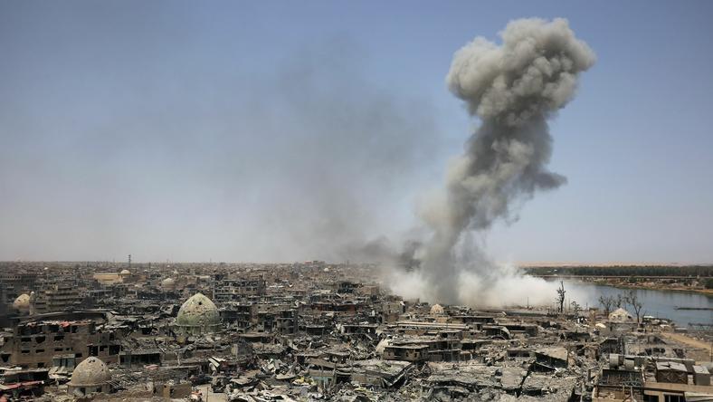 Koalicja wojsk irackich i kurdyjskich ostatecznie zwyciężyła nad siłami ISIS w Mosulu