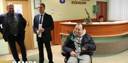 Nareszcie niepełnosprawni mogą wjechać do urzędu w Rzeszowie