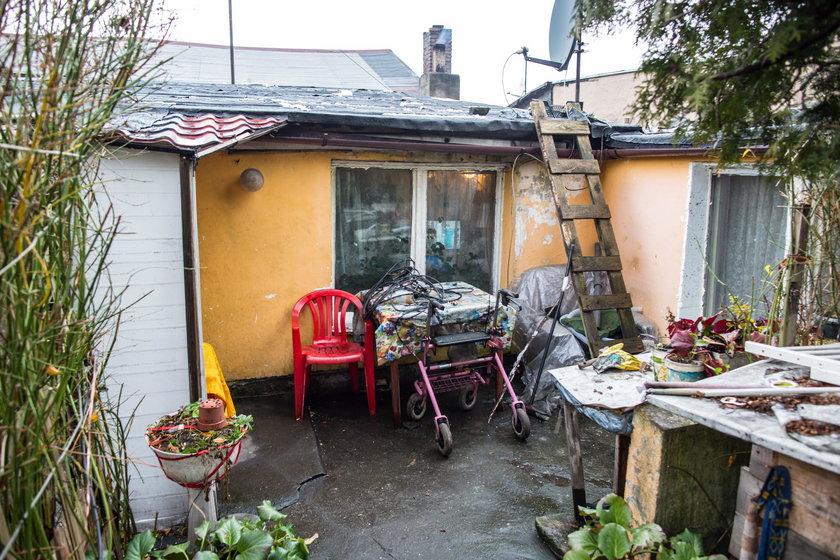 19-letnia Oliwia i jej córeczka mieszkają w fatalnych warunkach. Na święta dostaną nowy dom