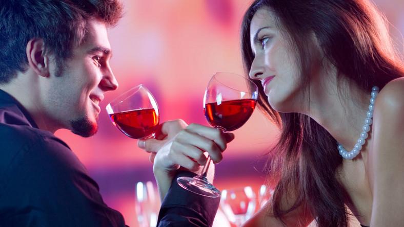 Piję ja, pije mój mąż, czyli razem do alkoholizmu