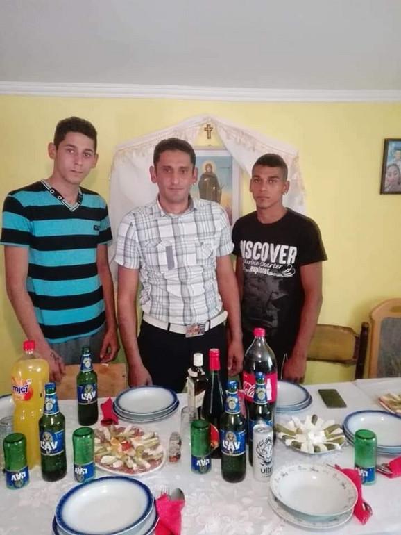 Poginuli: mladoženja Marko (19), njegov otac Miroslav (37) i brat Mirko (17) Jovanović