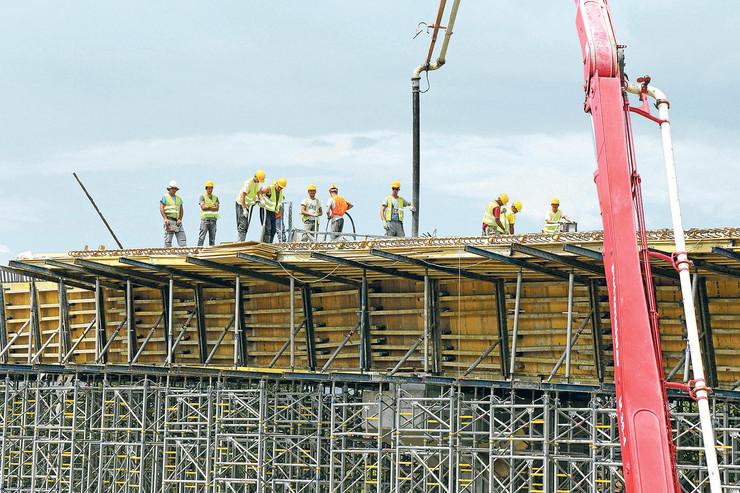 gradilište radnici koridor 11 10 koridori