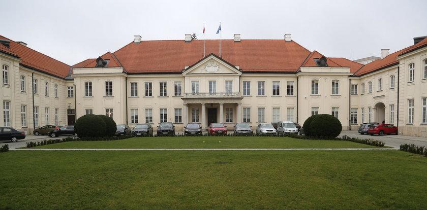 Gliński wyremontuje ministerstwo za miliony!
