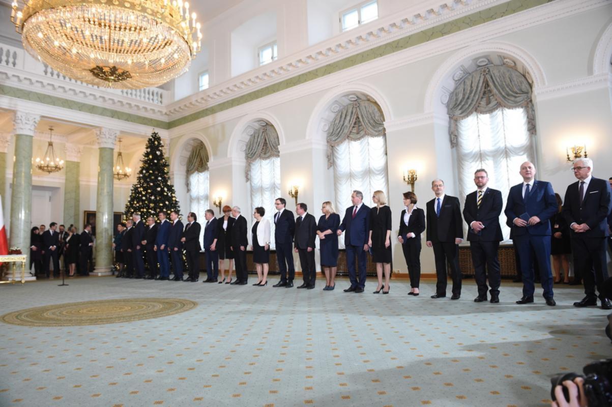 Premier Mateusz Morawiecki i jego nowy gabinet