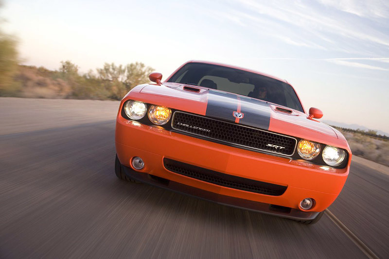 Chicago 2008: Dodge Challenger SRT8 w akcji (video)