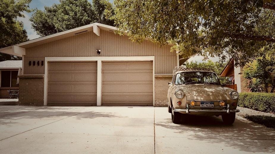 Dwustanowiskowy garaż wolnostojący