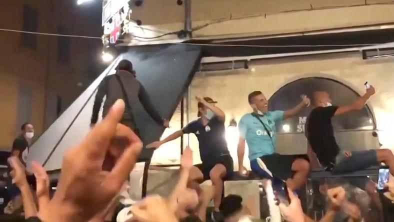 Radość w Marsylii po porażce PSG w finale Ligi Mistrzów