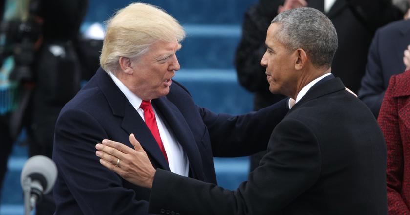Barack Obama uroczyście przekazuje urząd prezydenta Donaldowi Trumpowi