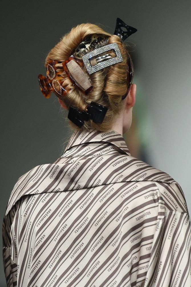 Aksesoari za kosu sa revije dizajnerke Faustin Stajnmec