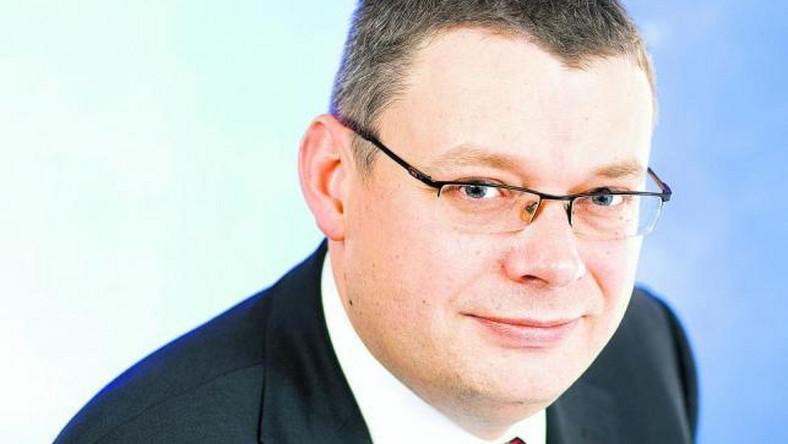 Piasecki: Dlaczego firmy nie mają zaufania