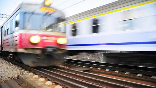 Kostrzyn nad Odrą: młodzi chłopcy rozpalili ognisko w wagonie pociągu