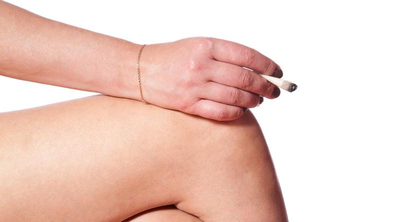 Palenie papierosów grozi zatkaniem tętnic nóg