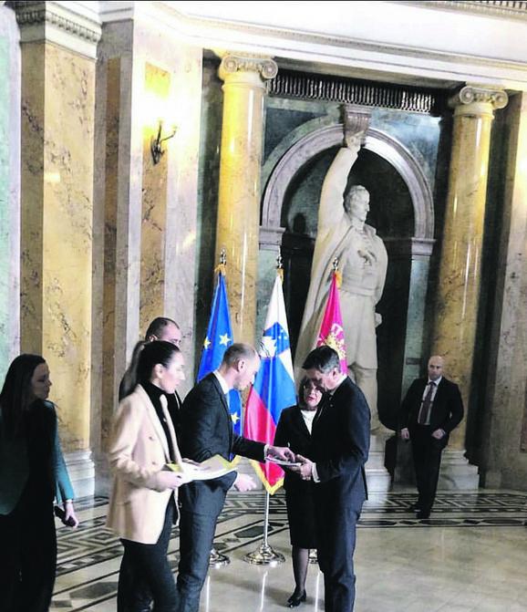 Balša Božović i Maja Videnović s Pahorom
