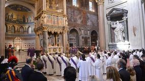 Papież otworzył Drzwi Święte w bazylice świętego Jana na Lateranie