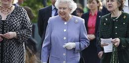 Co królowa Elżbieta ma w torebce? To tajemnica
