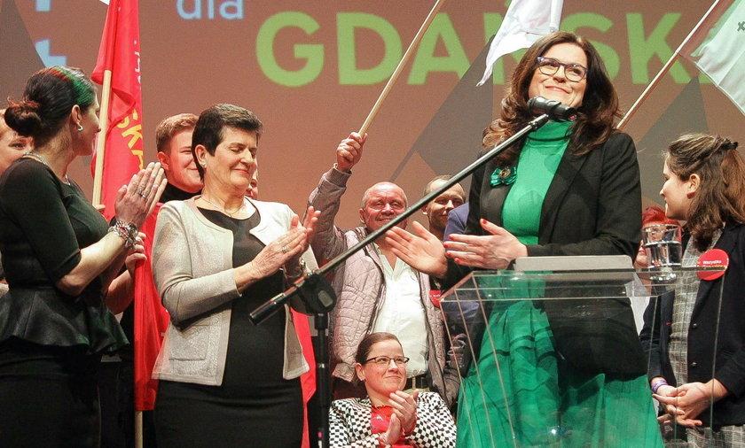 Aleksandra Dulkiewicz podczas wieczoru wyborczego w gdańskim Żaku