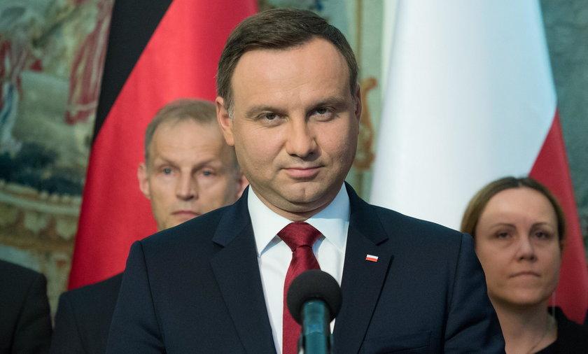 Andrzej Duda nie podpisał ustawy PiS