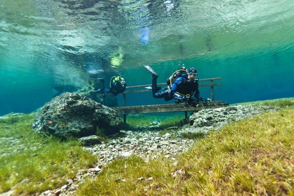 Jezero se na proleće pretvara u podvodni park