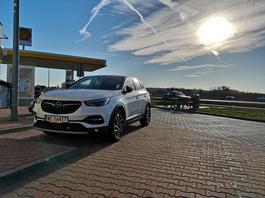 Opel Grandland X 2.0 Diesel – elektronika po francusku | Test długodystansowy (cz. 4)