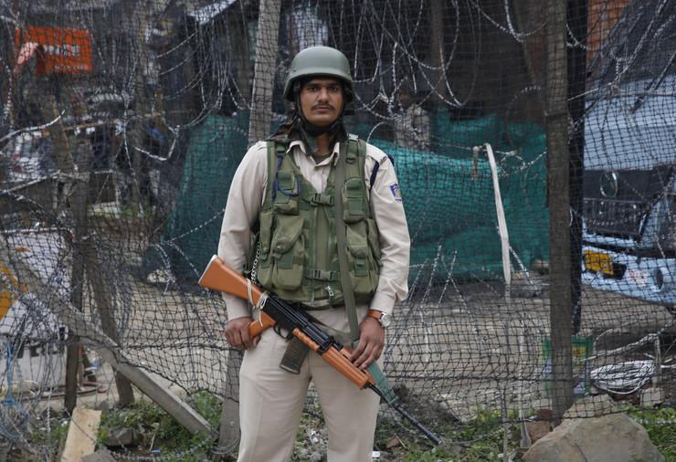 Indija policija, EPA -FAROOQ KHAN