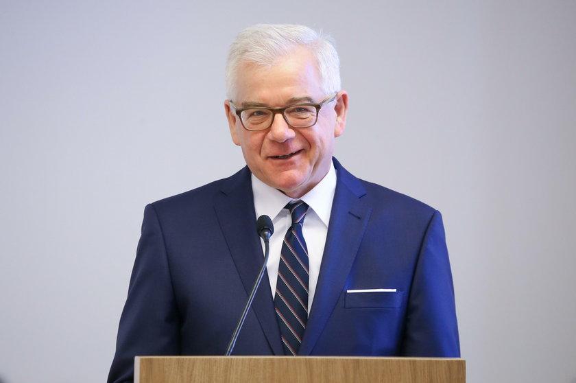 Rekordzistą jest Jacek Czaputowicz