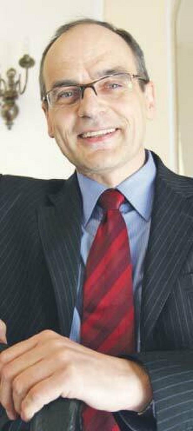 Mirosław Granat, sędzia sprawozdawca, podkreślał, że stanowienie przepisów zamykających drogę dochodzenia praw jest niekonstytucyjne Fot. Wojciech Górski