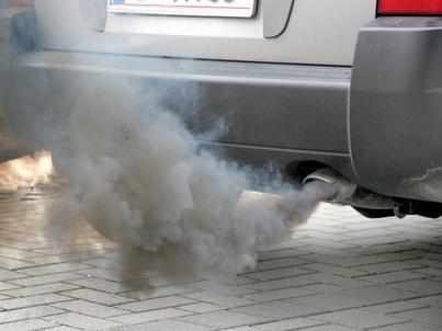 Unia Europejska chce ograniczenia emisji szkodliwych substancji przez samochody