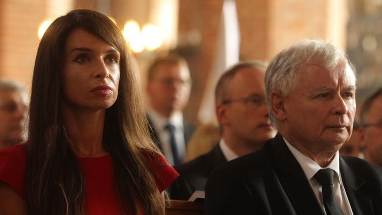 Bratanica siedziała tuż obok stryja na mszy z okazji 35 rocznicy podpisania porozumień sierpniowych, która odbyła się wczoraj w gdańskiej Bazylice Św. Brygidy...