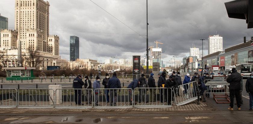 Od rana w centrum Warszawy trwa mobilizacja policji. Co się dzieje?