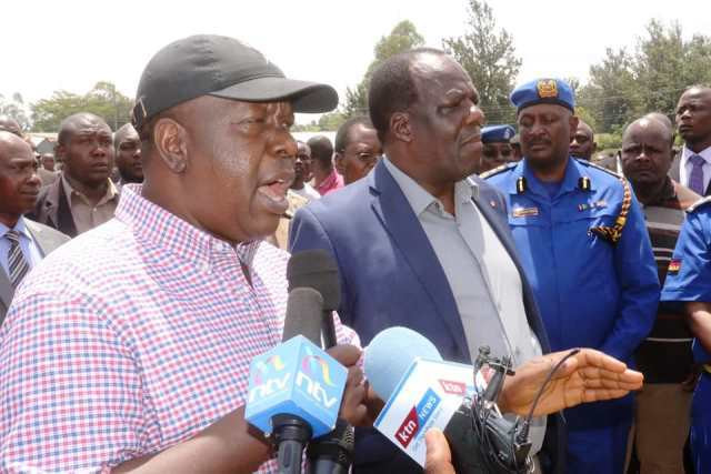Interior Cabinet secretary Fred Matiang'i with Kakamega Governor Wycliffe Oparanya (Courtesy)