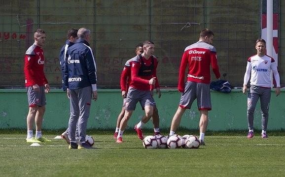 Erik Jirka na treningu Crvene zvezde