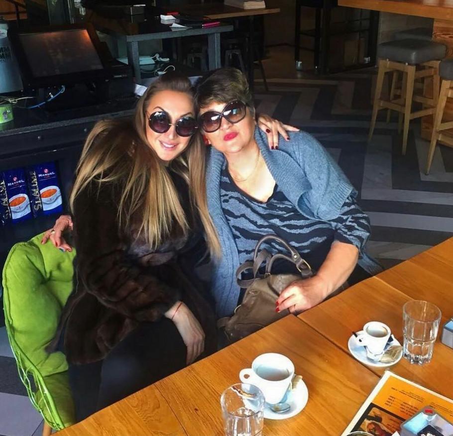 Goga Sekulić sa majkom