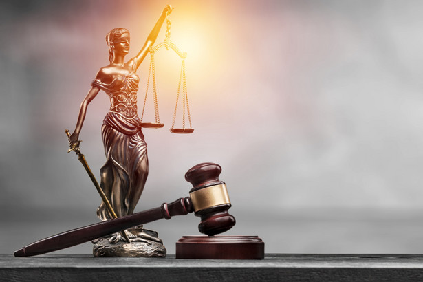 Jak zapewniają projektodawcy, przyspieszenie wymiany informacji między sądami, prokuraturami, policją i służbami specjalnymi a KRK przełoży się na sprawność prowadzonych przez nie postępowań