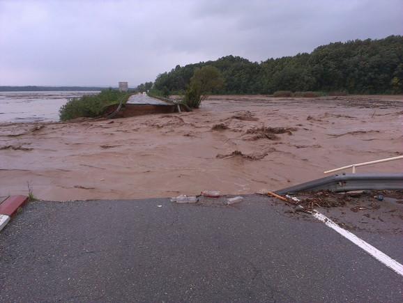 Poplave u Majdanpeku