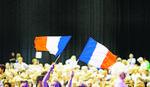 TAKO SE VRŠI GRAĐANSKA DUŽNOST Do 10 ujutru glasalo skoro 30 posto Francuza!